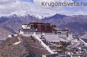 Тибет - дворец Потала в Лхасе