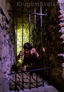 Замок Дракулы - экспонаты внутри