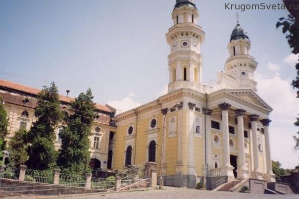 zhemchuzhina-zakarpatya-uzhgorod