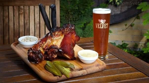 В Чехии несколько основных блюд, которые должен, просто обязан попробовать каждый турист. Сегодня мы подробнее с ними ознакомимся
