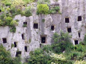 grotte_di_pantalica