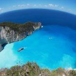 На острове Закинф частично закроют пляж для туристов