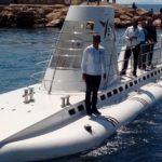 Туристам в Турции предлагают прокатится на подводной лодке
