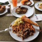 Отель в Тунисе заставляет платить за недоеденные продукты