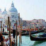 В Венеции запретят курить в центре города
