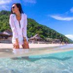 Туристка устроившая стриптиз на Бали попала в психушку