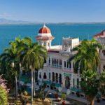 В США хотят запретить все туристические чартеры на Кубу