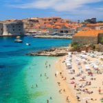 Хорватия примет туристов без тестов и без карантина