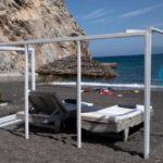 Санторини первым реализовал противоковидные меры на пляжах