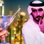 В ОАЭ разрешили употребление алкоголя и сожительство
